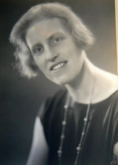 Celebrating The Life Of Winifred Holtby 1898 1935 Women S History Network