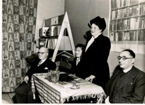 Maud Joseph (standing) speaking at Jewish Book Week in Glasgow, with her husband Victor and Rev Dr and Mrs Cosgrove