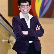 Dr Amy Aronson